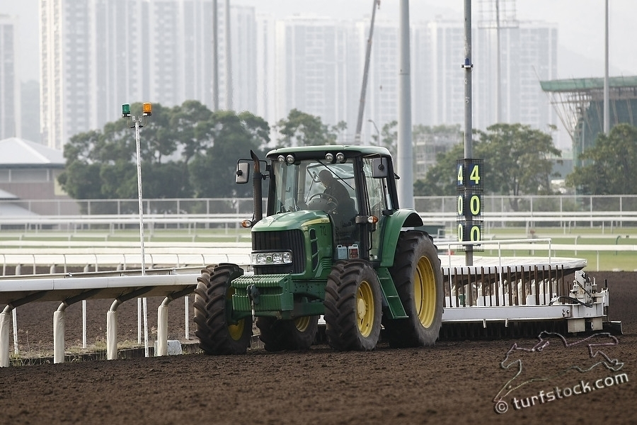 07. Dec. 2011 - Sha Tin Racecourse; Impressions: Tractor during the maintenance at Sha Tin Racecourse. Credit: Lajos-Eric Balogh/turfstock.com
