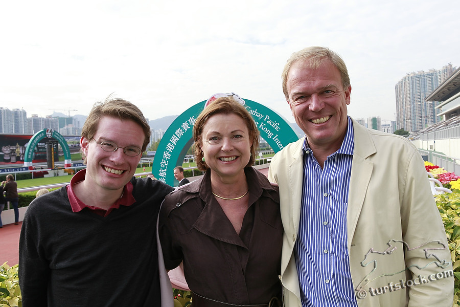 08. Dec. 2011 - Sha Tin Racecourse; Felix Graefe, Claudia und Marco Tomenzoli in portrait. Credit: Lajos-Eric Balogh/turfstock.com