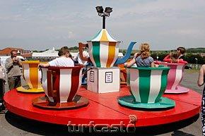 Symboldbild Karussell. © turfstock.com/Balogh