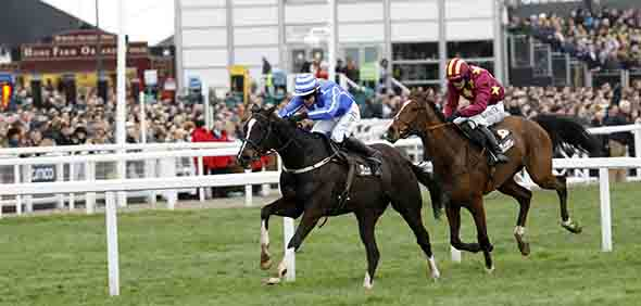 17.03.2017 - Cheltenham; Penhill ridden by Paul Townend wins the Albert Bartlett Novices Hurdle (Registered As The Spa Novices Hurdle Race) Grade 1 at Cheltenham-Racecourse/Great Britain. Credit: Lajos-Eric Balogh/turfstock.com